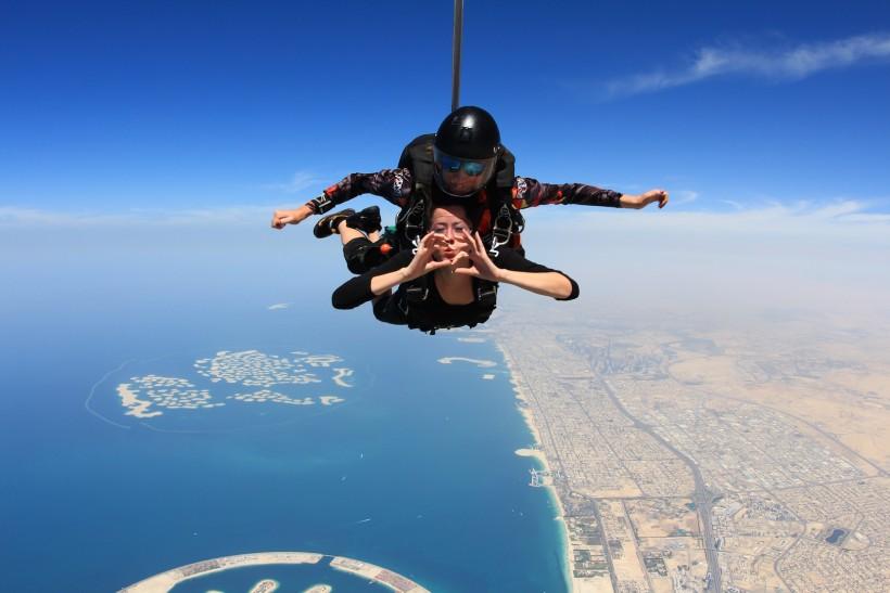 REVIEW: SKYDIVE DUBAI | CATCH52